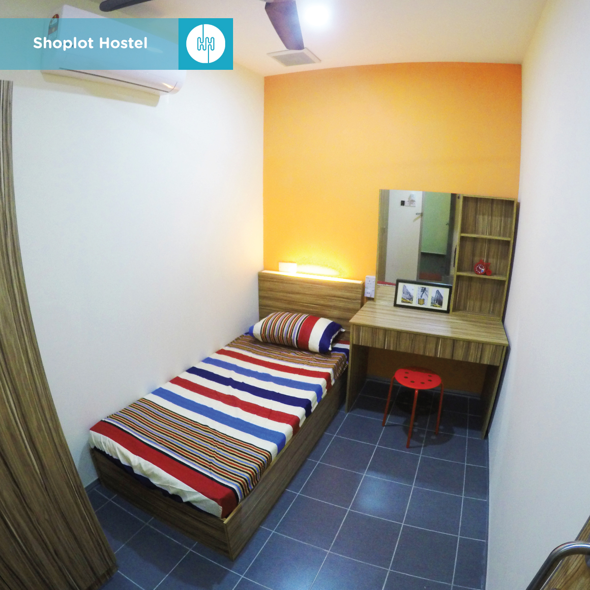 Shoplot-Hostel